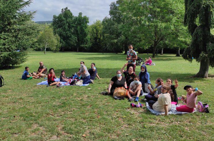 Retrouvailles avec les familles autour de jeux de société en plein air